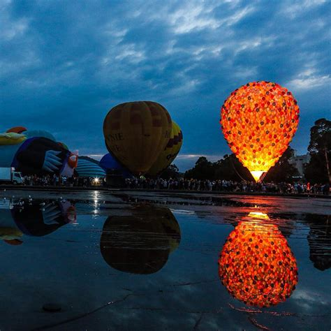 bid up up big balloon in real life1 fubiz media