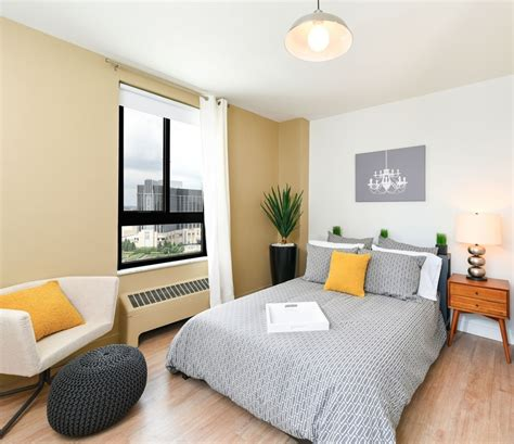 town residences leasing renovated apartments in detroit s