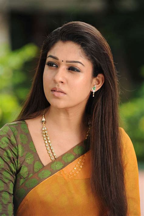 actress tamil photo gallery charming tamil actress nayanthara beautiful saree photos