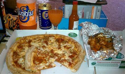 Papa Johns Pch Lomita - papa john s pizza order online pizza lomita ca reviews photos menu yelp