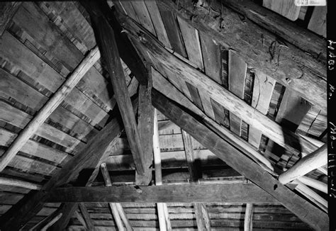 file photograph of a house in ste genevieve mo jpg file photograph of the roof truss in the bequet ribault