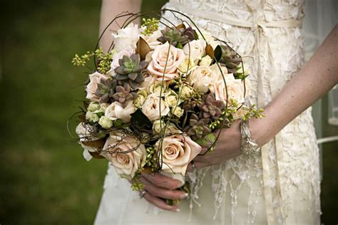 flower design vintage weddings flower fridays vintage bouquets 187 elopements and small