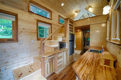 Average Cost To Build A House Yourself by Amazing Tiny House Vacation With Sauna