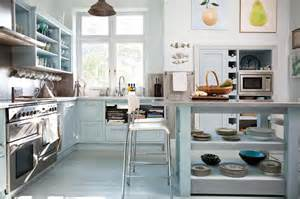 house beautiful inspired kitchen grace landhausstil mit verspielten details roomido com