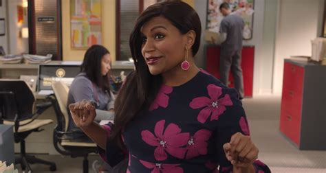mindy kaling now mindy kaling debuts trailer for the mindy project s final