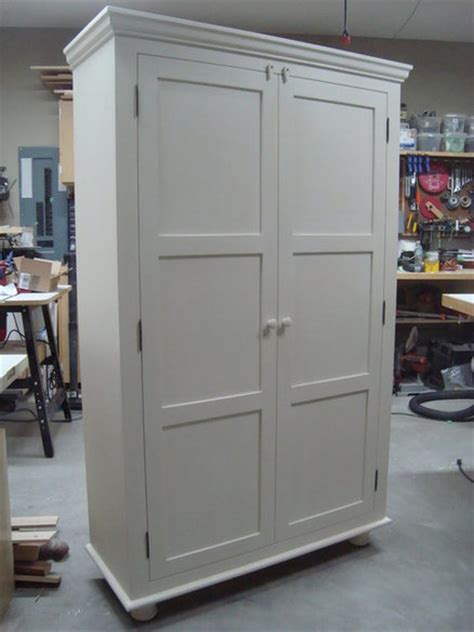 Kitchen Pantry Cabinets Freestanding by Free Standing Pantry Just What I Was Looking For 72 High X