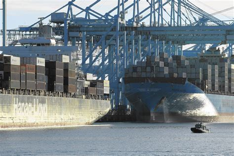 port of los angeles new year port of los angeles cargo volume surges in september up 7