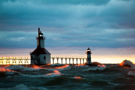 st joseph mi north pier lighthouses inner and outer