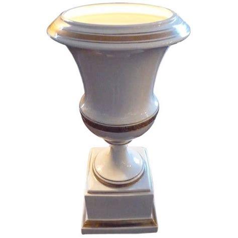 Urn Table L Porcelain Urn Table L For Sale At 1stdibs