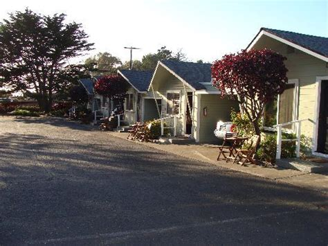 Glass Beach At Sunset Picture Of Shoreline Cottages Shoreline Cottages Fort Bragg