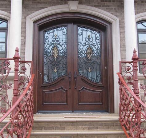How To Pick Best Exterior Doors For Home Designforlife S Best Front Doors For Homes