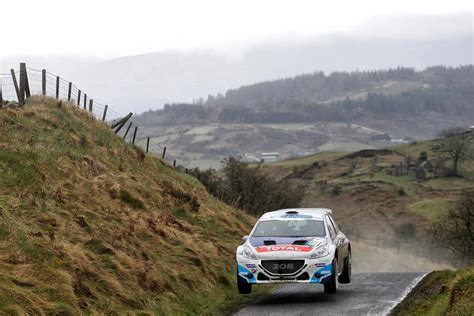 circuit of ireland rally victory credit fia european rally fia european rally championship erc 2015 breen halfway