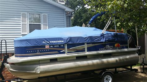 tracker boats us sun tracker party boat boat for sale from usa