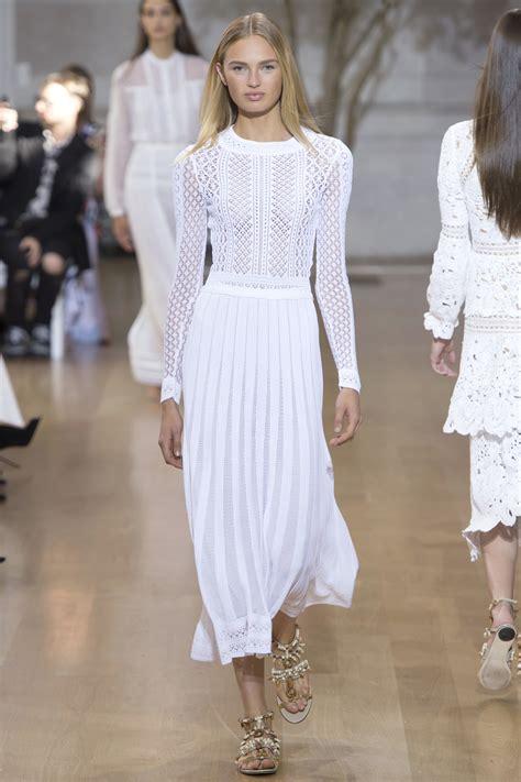 Fashion Week Trends 3 by Ss17 Runway Oscar De La Renta