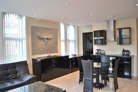 serviced appartments liverpool two bedroom serviced apartment in liverpool signature living