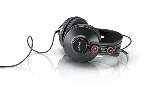 Focusrite Studio 2i2 Studio 2nd Generation Free Pop Filter focusrite 2i2 studio 2nd 2 in 2 out usb audio interface ebay