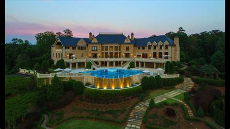 tyler perry s house tyler perry selling his massive house for just 25 million dbtechno