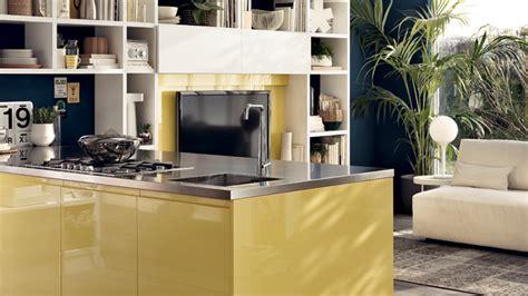 cucina con isolotto cucina laccata motus sito ufficiale scavolini