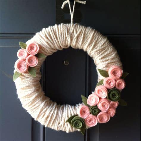 best 25 yarn wreaths ideas on pinterest letter door