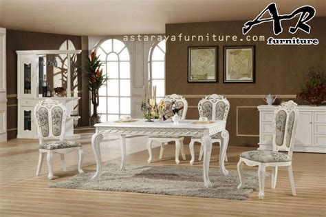 Meja Kursi Makan Luxury set meja makan new classic design luxury asta raya