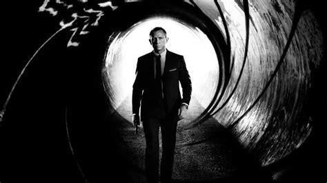 top 10 james bond movies youtube top 10 skyfall movie trivia youtube