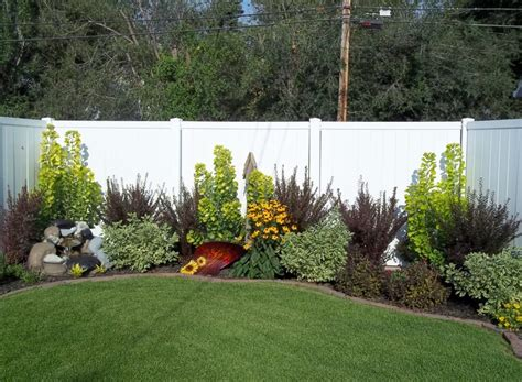 Landscape Edging Toronto Best 25 Landscaping Along Fence Ideas On