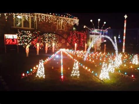 christmas lights light house show display to music