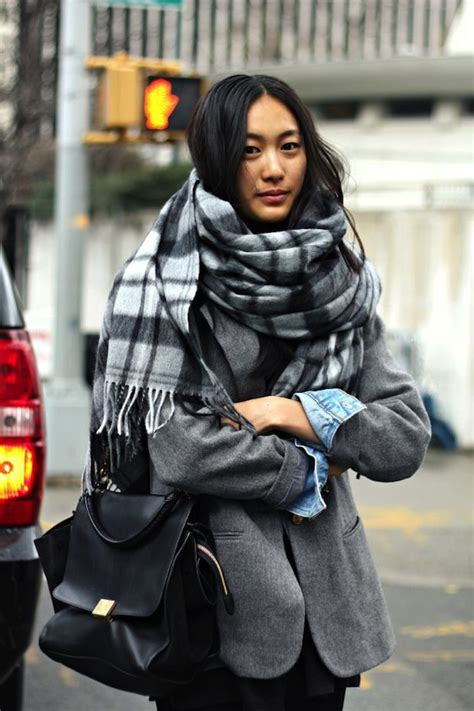 Black New York Oversize Top 3165 how to style winter oversized scarves for 2018