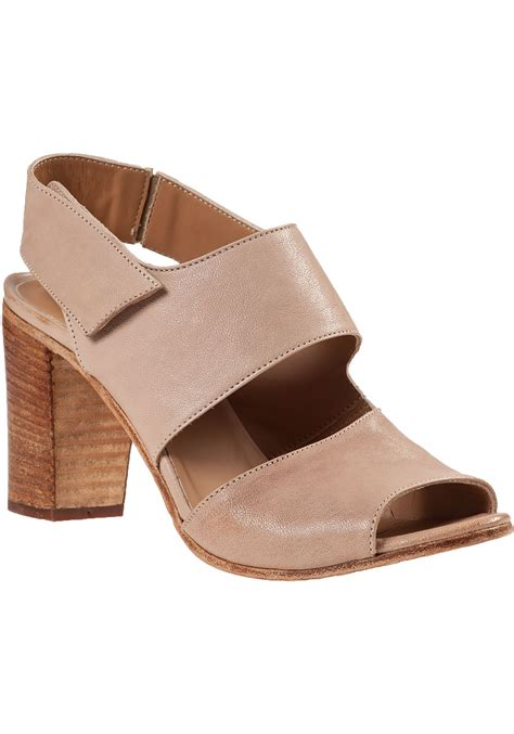 heel sandal 275 central block heel sandal leather in brown