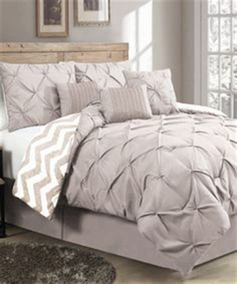 can i bleach a down comforter crest home ellen westbury king comforter bedding set with