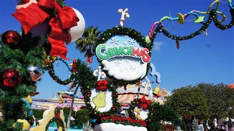 Grinchmas Decorations Universal Orlando Holiday Decorations 2012 A Photo Tour