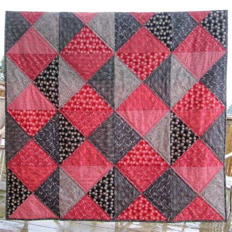 quilt pattern with three fabrics inspired by fabric tutorial two color quilt