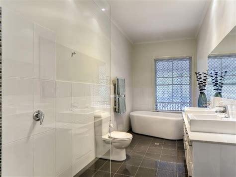 Modern Queenslander Bathroom Classic Queenslander Home