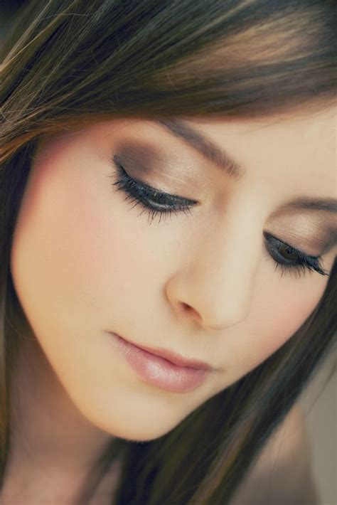 eyeshadow tutorial drugstore tutorial everyday smokey neutrals using drugstore brand