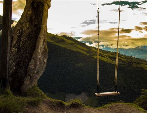 dangerous swing this maybe the most dangerous swing ever but afer seeing