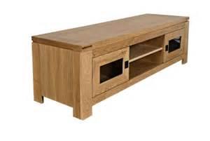 Délicieux Meuble Tv Chene Blanchi #3: meuble-tv-bas-moderne-en-chene-clair-boston.jpg