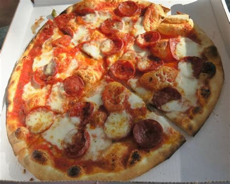 pizza a portar via where to eat in amsterdam near the frank house