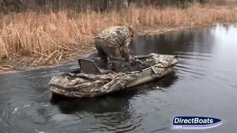 boat dog r duck hunting the stealth 2000 duck boat youtube