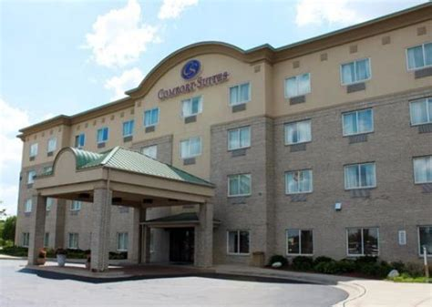 comfort suites wixom michigan comfort suites wixom hotel reviews deals wixom mi