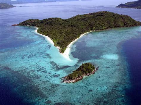 catamaran sailing palawan palawan philippines yacht charter superyacht news