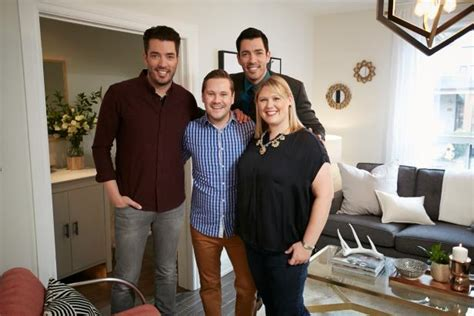 Hgtv Property Brothers Sweepstakes - the property brothers take this vintage home from drab to dream property brothers hgtv