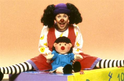 comfy couch show loonette the clown from the big comfy couch looks a