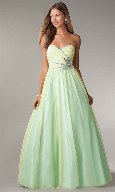 Themed Wedding Dresses by Tropical Themed Wedding Dresses Discount Wedding Dresses
