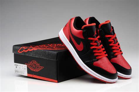 Sneakers Redblack new nike air 1 low og bred shoes black 705329