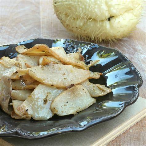 come si cucina la zucchina spinosa zucchina spinosa al forno ricetta con chayote contorno