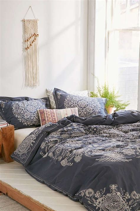 urban outfitters bed 25 best ideas about urban outfitters bedding on pinterest