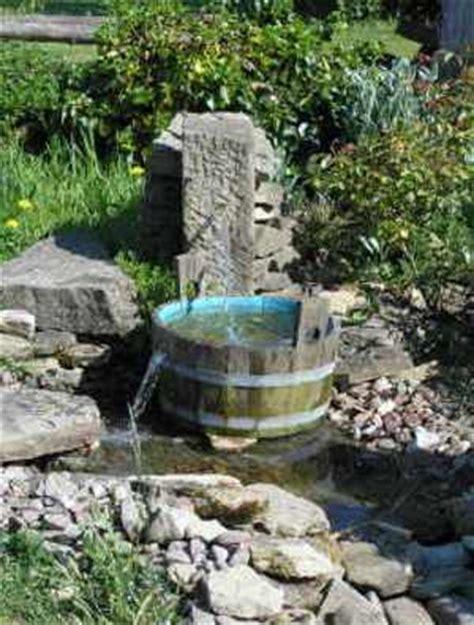 Bachlauf Aus Stein by Wasserlauf Bachlauf Im Garten Selbst Anlegen