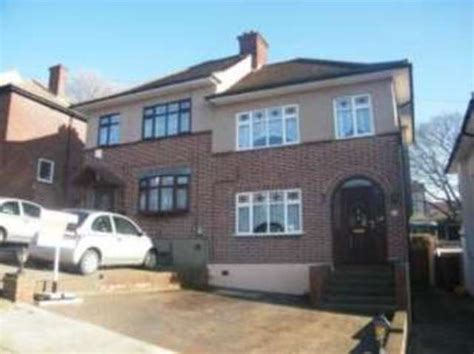 semi detached house or row house 3 bedroom semi detached house for sale in kingshill avenue