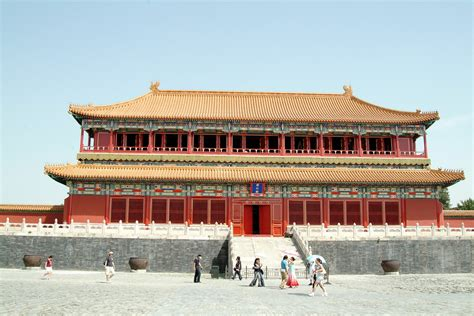 china s summer palace finding the missing imperial treasures books image gallery imperial palace beijing
