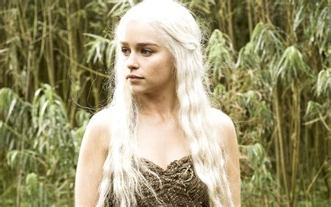 Emilia Clarke Game Of Thrones | emilia clarke in hbo game of thrones wallpapers hd